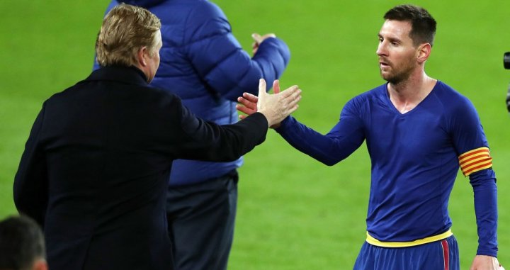 Ronald Koeman y Leo Messi tras ganar al Athletic Club en el Camp Nou / FC BARCELONA