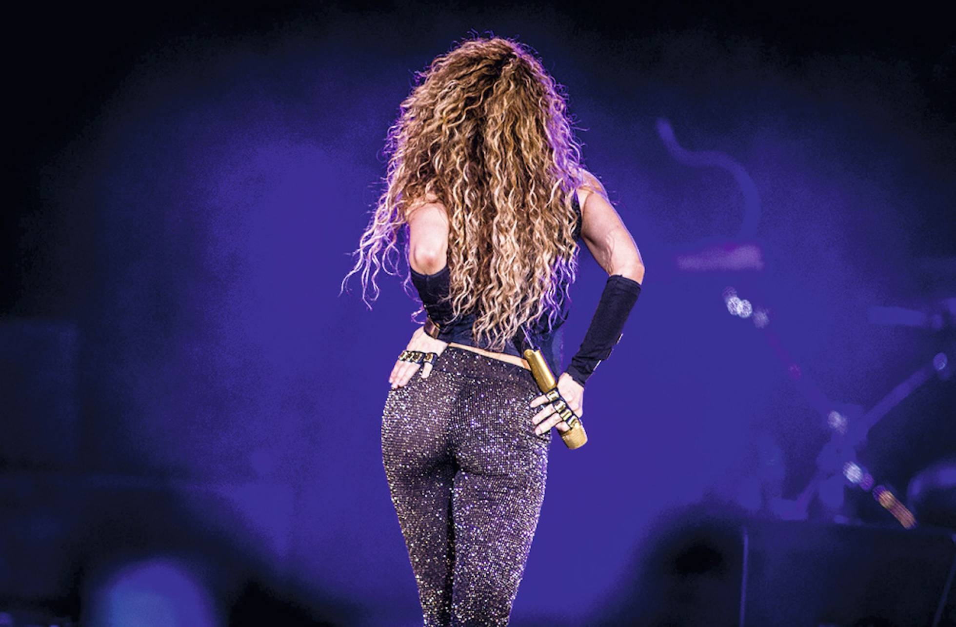 Shakira fotograma dorado world tour